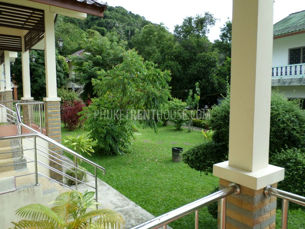 Kat9680 1 bedroom house inside beautiful garden in kata for Inside 4 bedroom house