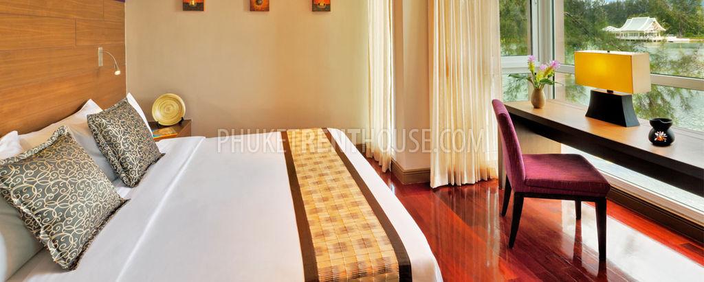 Ban11753 two bedrooms loft 139 sqm loft close to laguna for Watch terrace house season 2