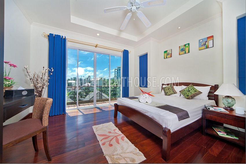 Kar10005 3 bedroom villa just 10 min walk to karon beach for 9 bedroom beach house rental