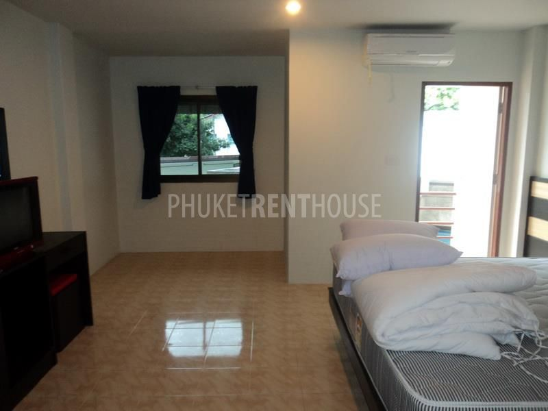 Pat2259 cheap rooms for rent at patong beach phuket for Zetapark small room for rent