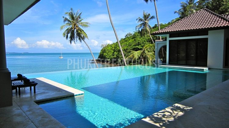 Pan2444 Beautiful Villa With Direct Access To The Beach In