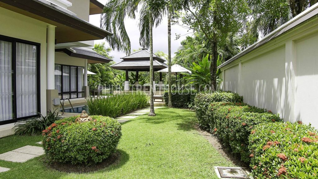 BAN14176: 3 Bedroom Villa with Swimming Pool, Garden and Gazebo in ...