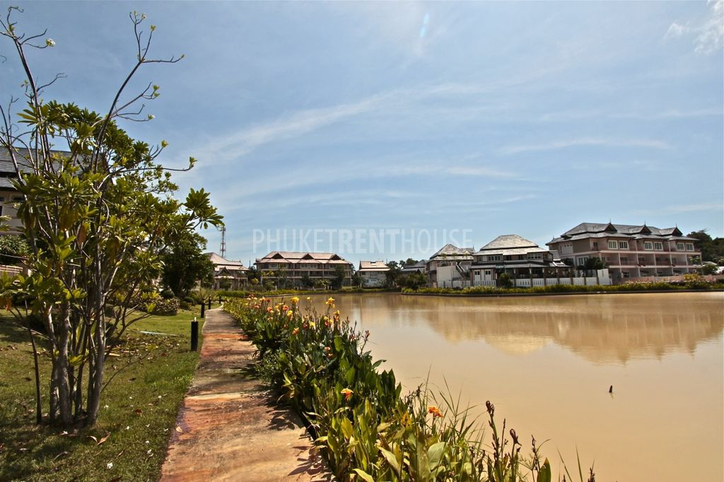 Walking are at Phuket Private Lagoon. Villas for sale and for rent - 085 575 3300 (Andrey)