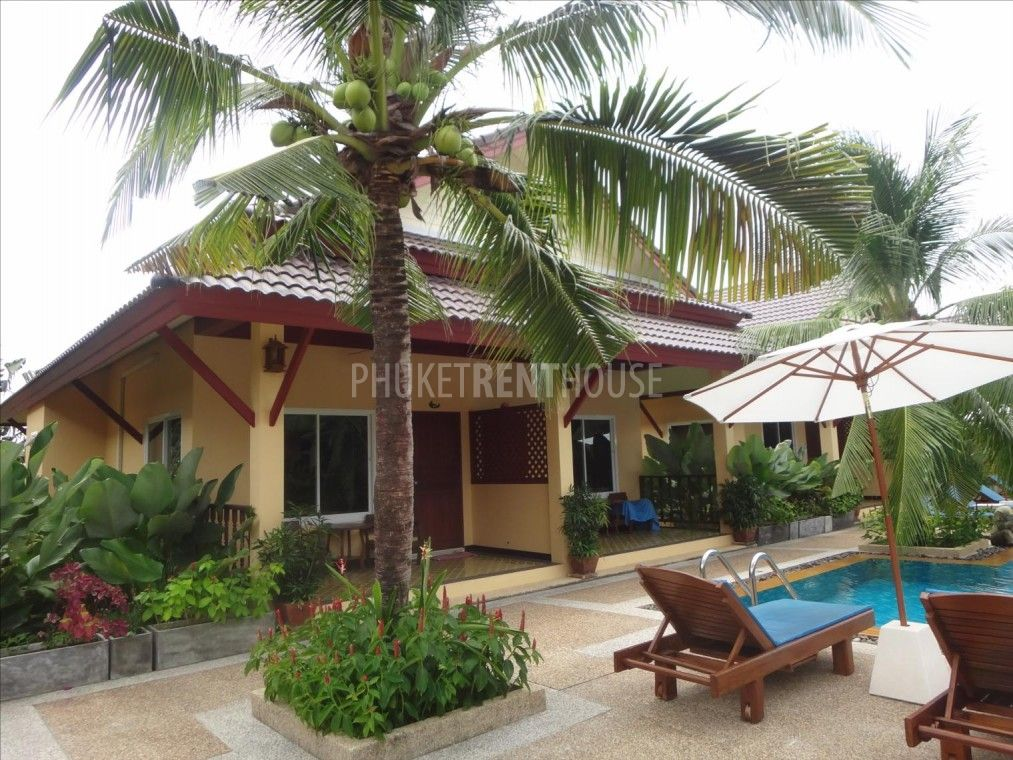 Raw4070 Bungalow For Rent With Kitchen And Living Room In Rawai 1 Big Shared Pool Rawai