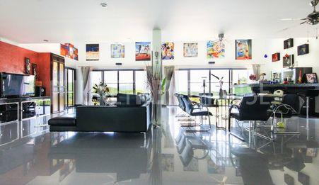 Spacious living-room