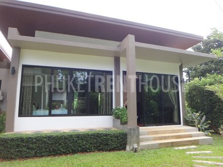 1 bed villa garden, huge shared pool, in Nai Harn