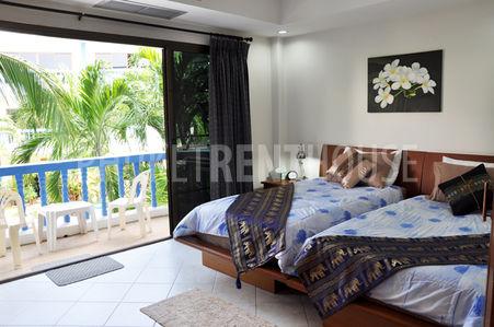 2204 bedroom and balcony