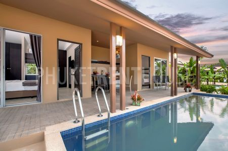 Pool Villa 2 Bedrooms a minimum of 86 square meters of indoor and outdoor living space, with private swimming pool. Each villas ,with their shady Thai contemporary home style including a fully – equi