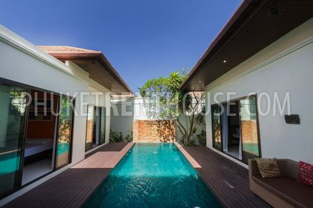 villa with pool in Phuket