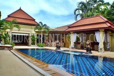 amazing swimming pool villa Rawai
