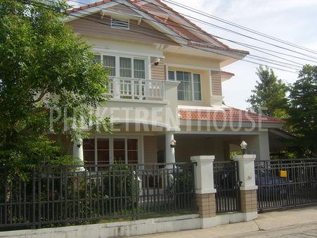 Land&house Park Phuket Nantawan2 Soi.4/2 Add : 82/74