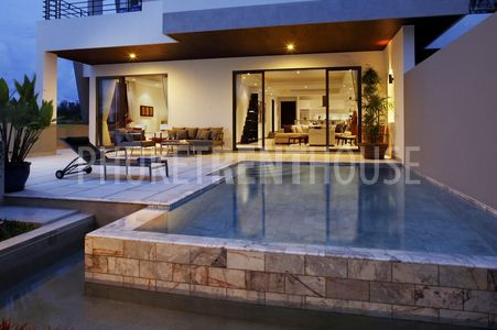 2 Bedrooms Penthouse @ Bangtao Beach