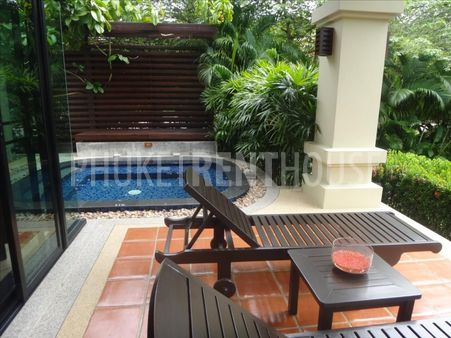 Villa for sale, in Nai Harn, 1 BR, Private Jacuzzi, Sala
