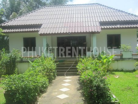 Very Spacious House with Large garden