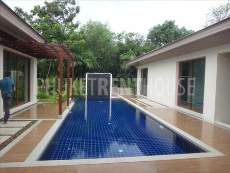 3 bed villa for rent, in Marina, shared & private pool
