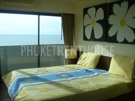 Corner bedroom connect to two side balconies, face direct seaview and mountain view