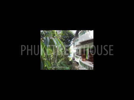 Room for rent, in Patong, shared pool
