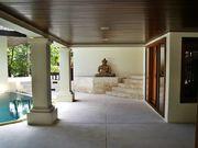 Surin Seven Villa - Inner Courtyard