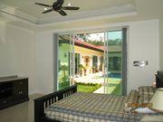 1 BEDROOM POOL HOUSE