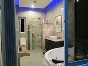 4 EN-SUITE ALL HAVE BLUE LED UP LIGHTERS