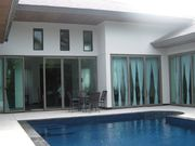 pool villa in phuket