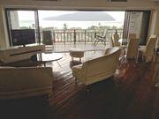 living room on the sea...salon presque sur la mer...