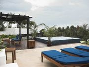 The rooftop terrace, gazebo and plungepool