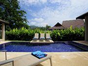 pool villa Naiharn