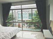 Floor-to-ceiling window