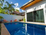 private pool house Chalong