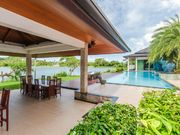 Luxury villa with pool on Phuket