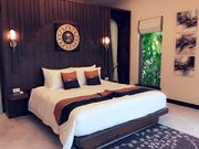 villa 5 bedrooms in Phuket