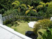 villa with garden Kamala