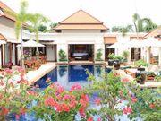 5 beds villa