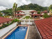 pool villa Kathu