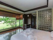 bedroom with garden view