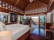 4 beds villa
