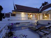 Pool villas in Kata