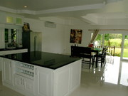 Big Modern Kitchen with Centre Isle