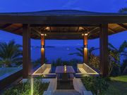 sala lounge by the sea