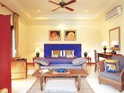 villa with 8 bedrooms