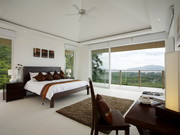2nd Bedroom with en-suite and sea views