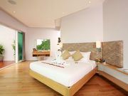 Phuket SomeDay Holiday Villa 8