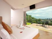 Phuket SomeDay Holiday Villa 9