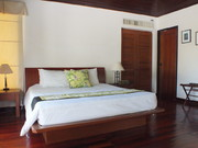 Surin Moon - Guest Bedroom