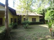Villa for rent, long term, in Kathu, 3 bed, with shared pool