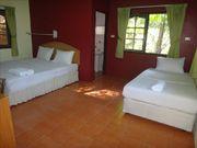 Villa a louer, court et long terme, 2 chambres, a Kathu, piscine commune