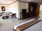 Big Room for rent, in Rawai, Nice terrace, Shared Pool