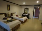 Room for rent, in an hotel, in Kathu, amazing decoaration