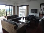 2 bed apart for rent, in Kathu, nice complex with 2 pools, gym, restaurant, bar